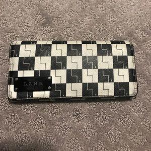 L.A.M.B wallet